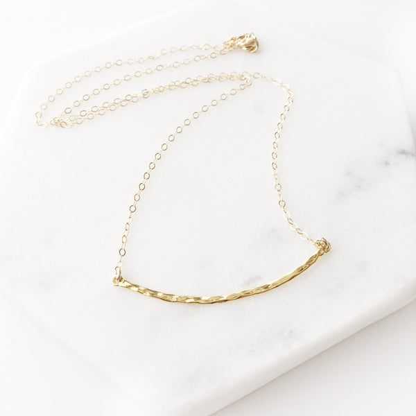 Gaia Curved Bar Necklace