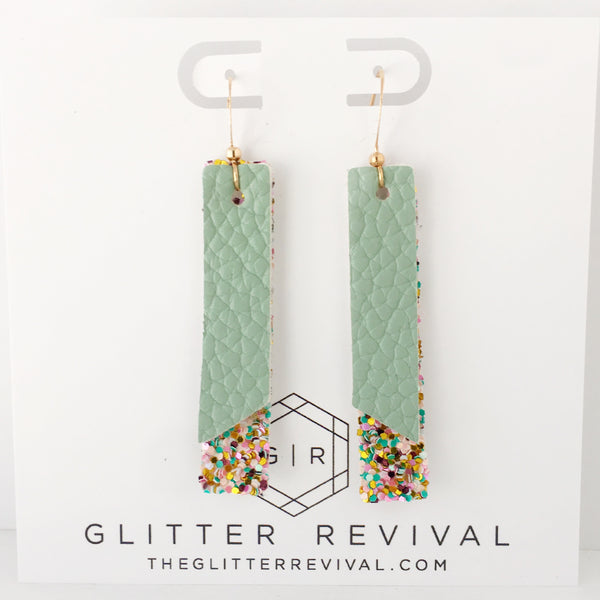 Palm Springs- Double Layer Skinny Bar Earring