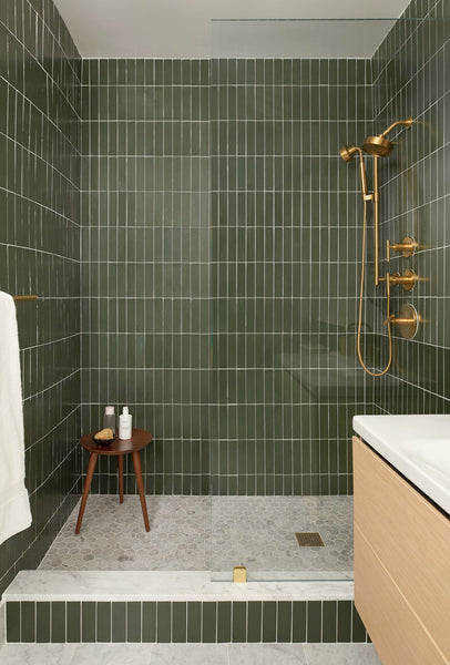 shower with vertical stack tile
