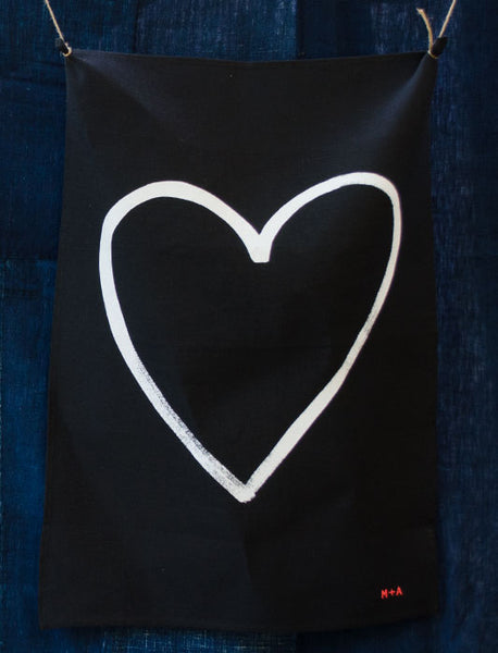MiNDFOOD Love Heart Tea Towel