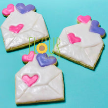 Load image into Gallery viewer, Envelope with Hearts Cookie