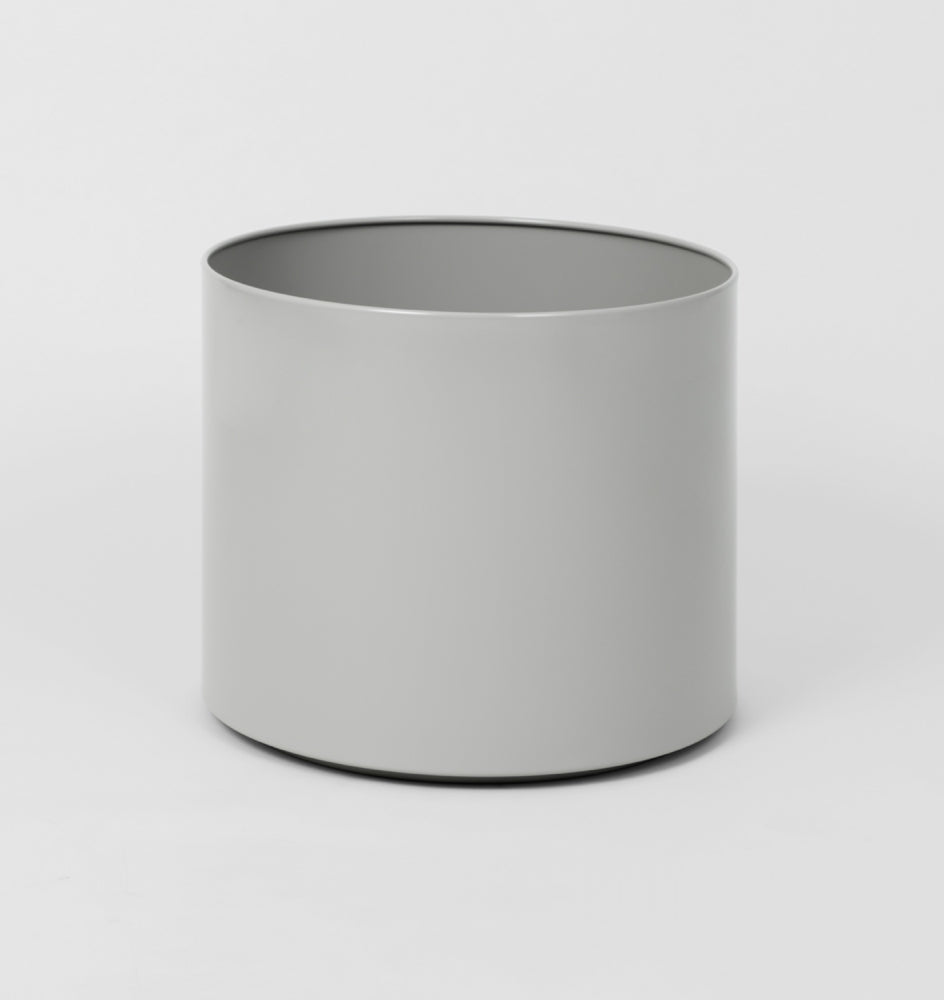 Middle Of Nowhere - Simple Planter / Three Sizes - The Minimalist Store