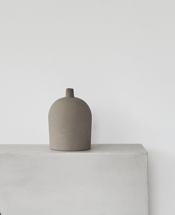 Kristina Dam - Small Dome Vase - The Minimalist Store