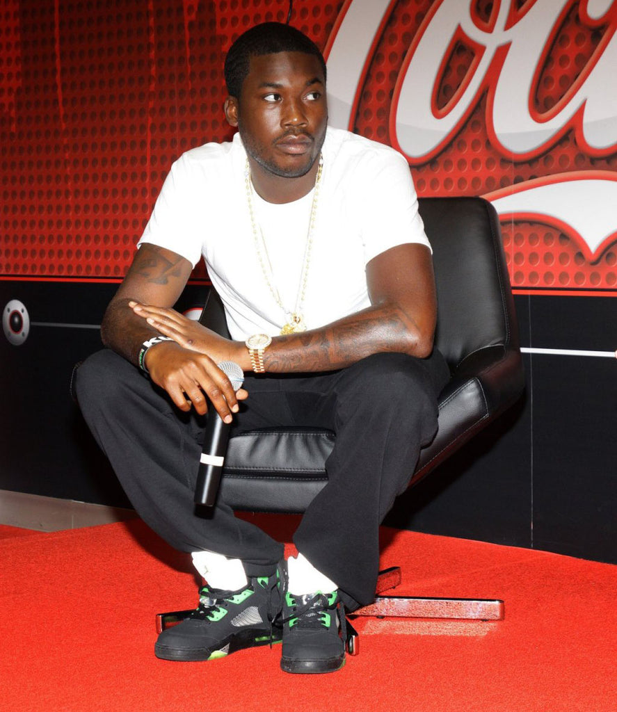 Meek Mill hits Stadium Goods with Complex!!