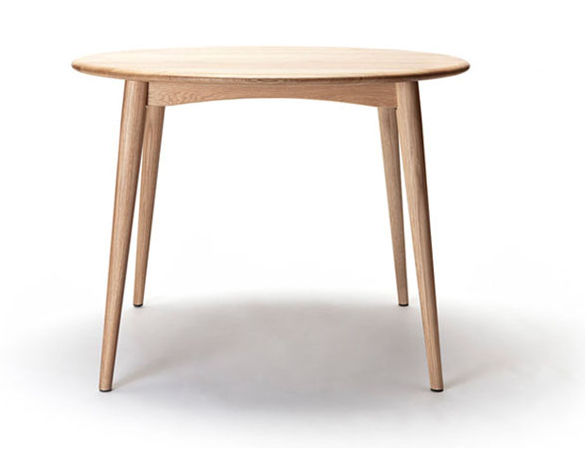 TABLE 167 - ROUND BY FEELGOOD DESIGNS DESIGNED BY TAKAHASHI ASAKO (2007)