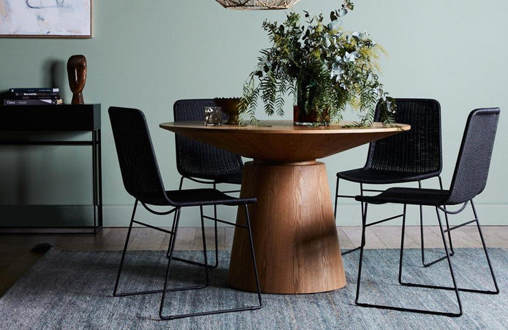 GLOBEWEST CLASSIQUE ROUND DINING TABLE - The Banyan Tree Furniture & Homewares