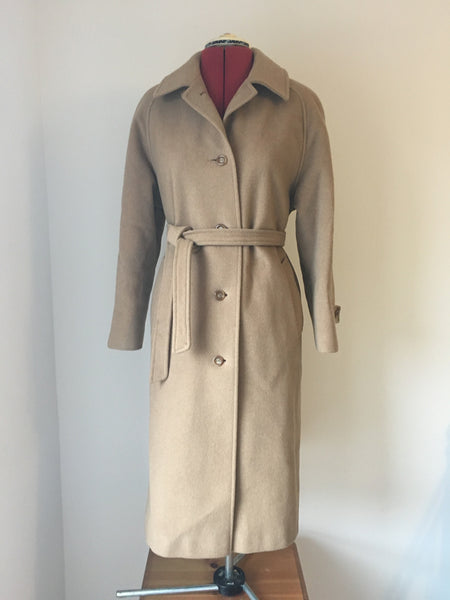 Wonderfully elegant 1970's cashmere wool coat