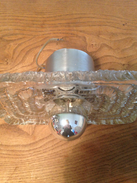Crazy wonderful 1960s heavy patterned glass space age wall light with easy to replace chrome dipped bulb - Wowie Zowie  - 3