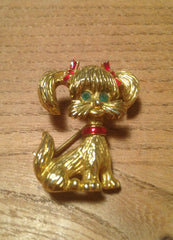 Ditsy dog 1960s gold tone brooch with red enamel bows and collar and cute green glass eyes - Wowie Zowie  - 1