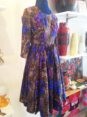 Divine Victor Josselyn patterned pure silk dress with beautifully full skirt - Wowie Zowie  - 1