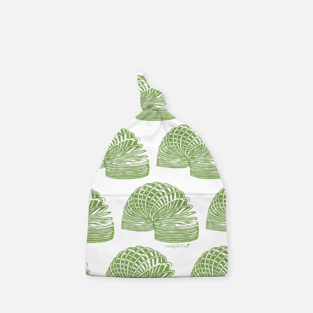 Knotted baby beanie hat toy slinky pattern leaf green color