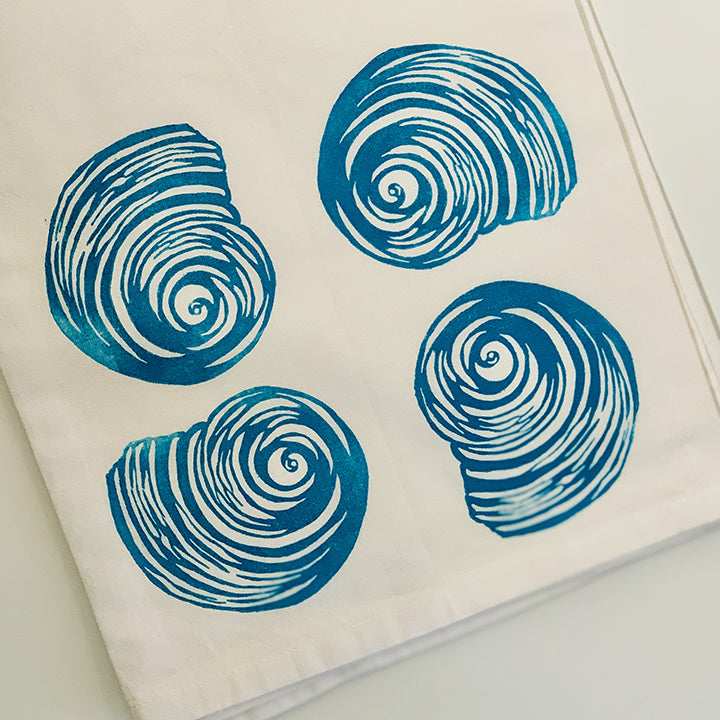 Tea towel | Turban shell | Seashells Collection | Hand-printed