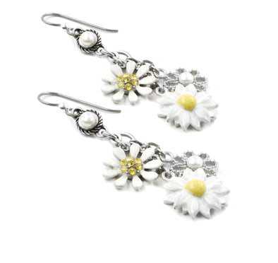 yellow daisy earrings with pearls