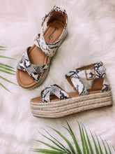 Load image into Gallery viewer, Shawna Espadrille Sandals