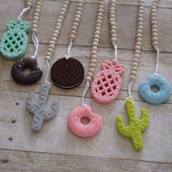 Wood/Silicone Teether Clip