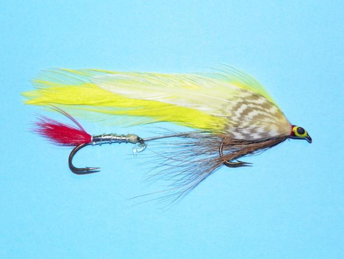 colonel Bates tandem trolling fishing fly with white and yellow wing and red tail