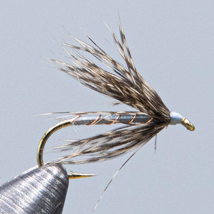 fly fishing caddis dry fly classic deer wing pattern with gray body from Rangeley maineflyshop