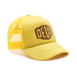 Sunny Shield Trucker - Pale Gold