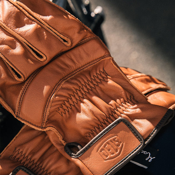 Deus Gripping Gloves - Brown