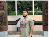 2XL male model in green bear t-shirt