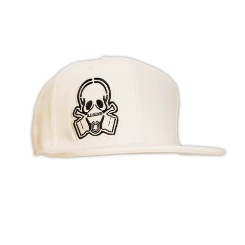 ALL WHITE SNAPBACK HAT