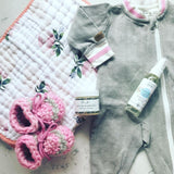 Peas In A Pod Bum Spray (Padraig Cottage Baby Slippers, Little Unicorn Burp Cloth, Juddlies Playsuit)