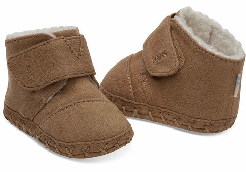 Tiny TOMS Cuna Crib Shoes - Toffee Microfibre