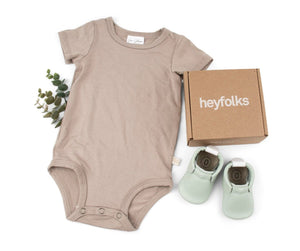 Heyfolks Newborn Soft Sole Shoe - Mint Lifestyle 2