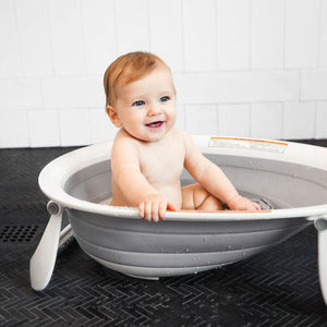 Boon Naked Collapsible Baby Bathtub - Grey Lifestyle 2