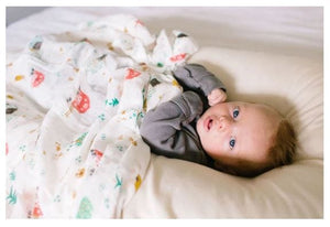 Loulou Lollipop Luxe Muslin Swaddle - Farm Animals Lifestyle