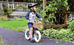 Spoke & Pedal Retro Balance Bike - Blue Lifestyle