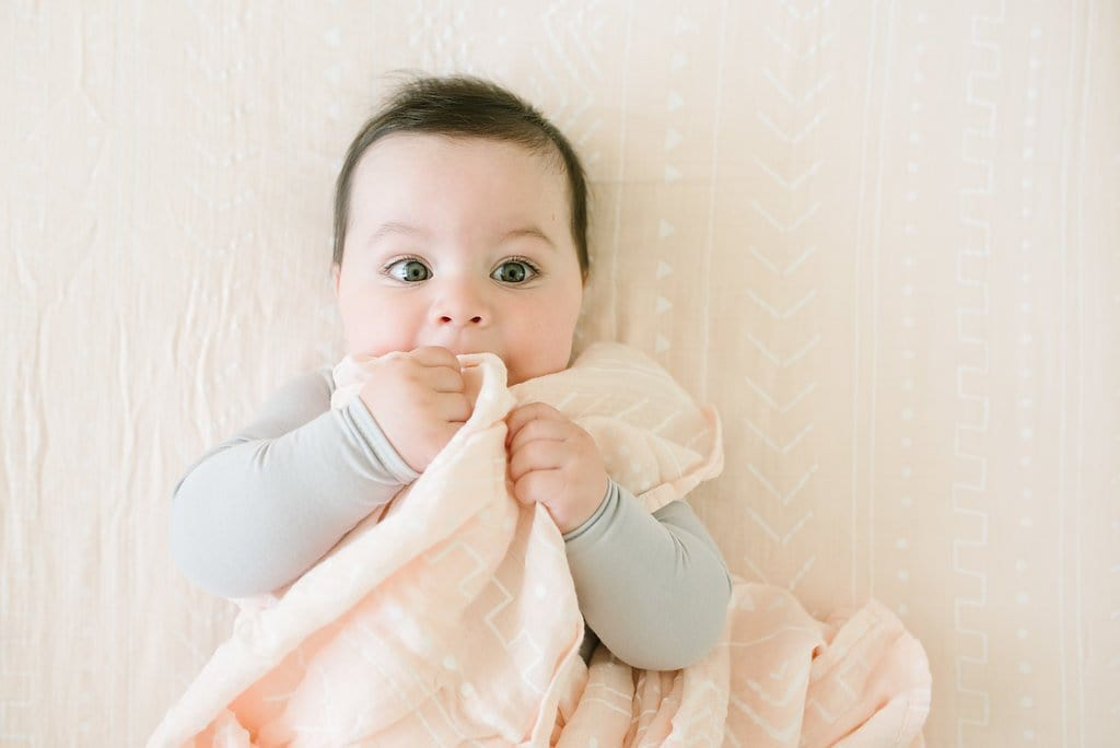 Loulou Lollipop Luxe Muslin Swaddle - Pink Mudcloth