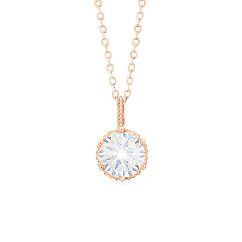 [Evelyn] Vintage Classic Crown Necklace in Moissanite - Michellia Fine Jewelry