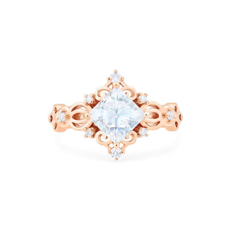 [Elsa] Vintage Square Princess Cut Ring in Moissanite