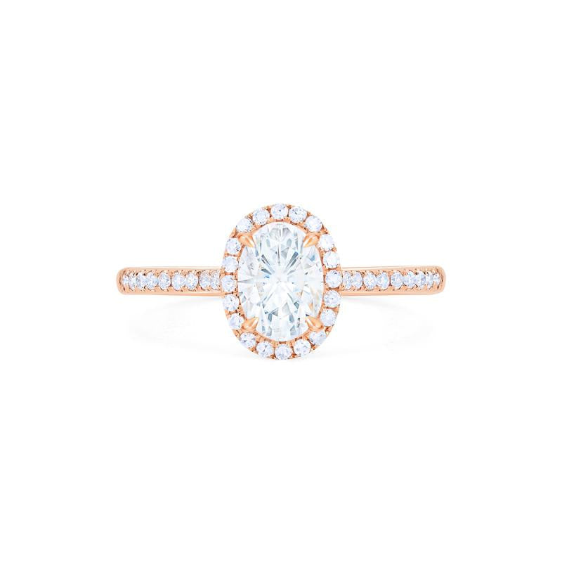 [Lenora] Petite Oval Halo Diamond Ring in Moissanite - Michellia Fine Jewelry