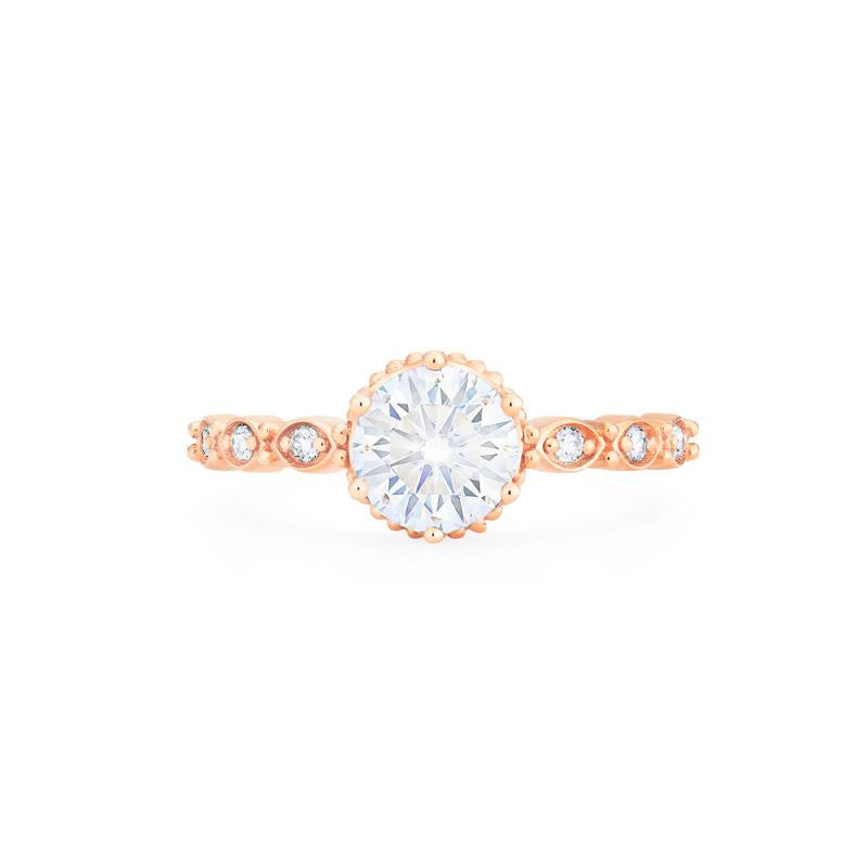 [Evelyn] Vintage Classic Crown Ring in Moissanite - Michellia Fine Jewelry