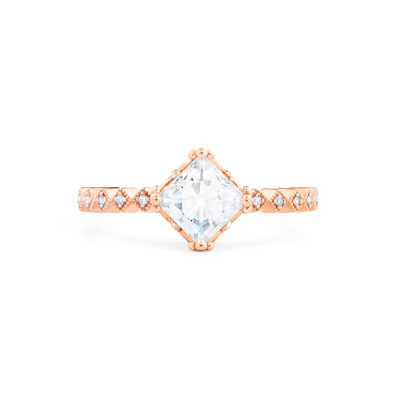 [Astoria] Fleur De Lis Square Princess Cut Ring in Moissanite