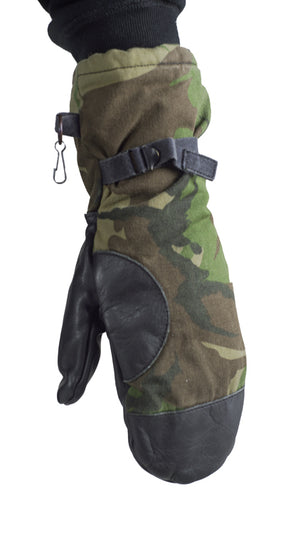 Dutch Army DPM  Woodland Camo Mittens