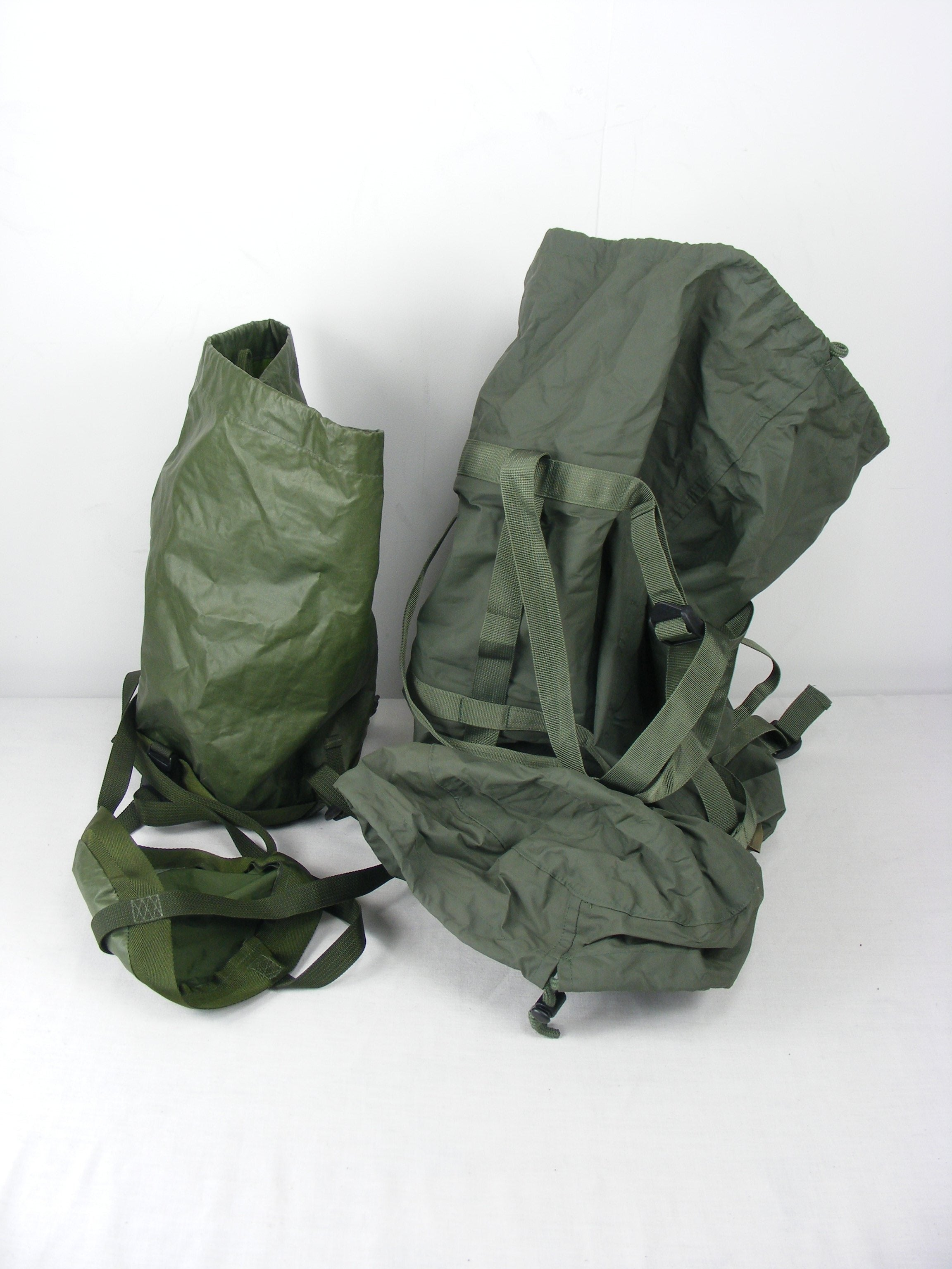 British/Dutch Olive Green Sleeping Bag Compression Sacks - various styles