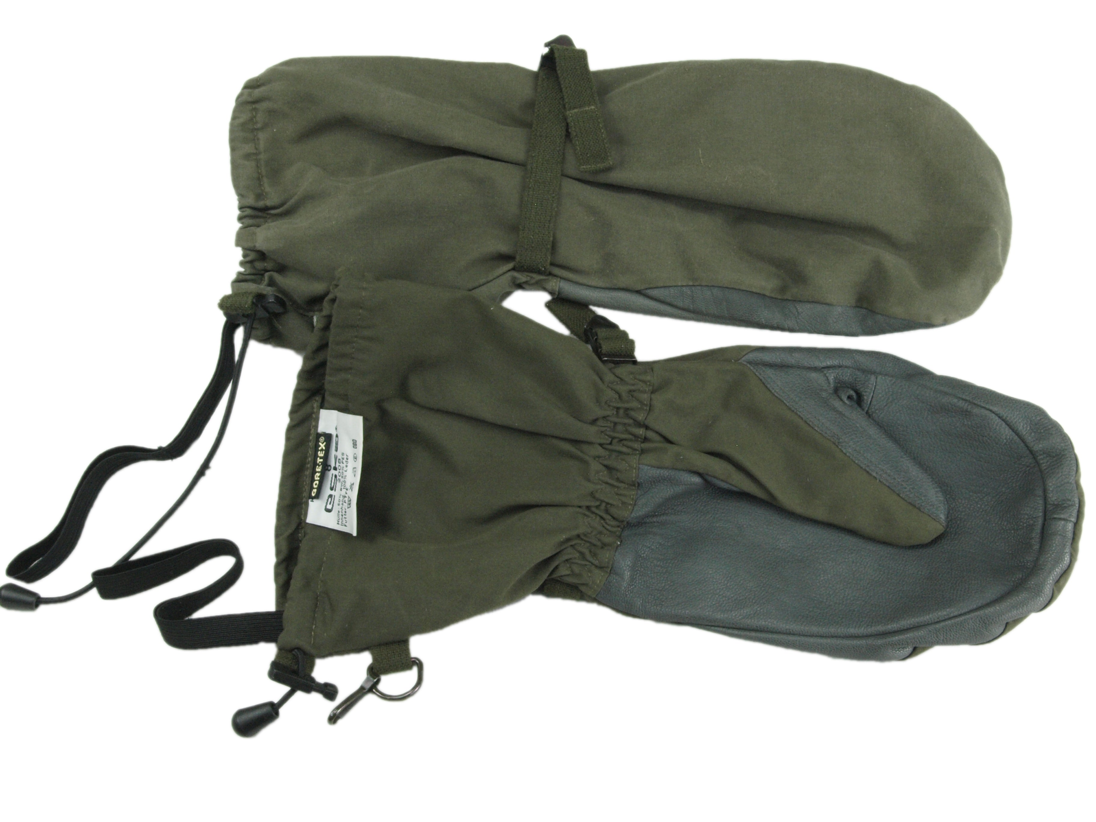 Austrian Army Olive Green Gore-Tex Mittens