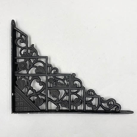 Iron Black Ivy Shelf L Bracket