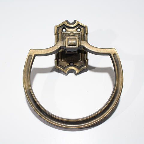 Groovy 1970s Towel Ring