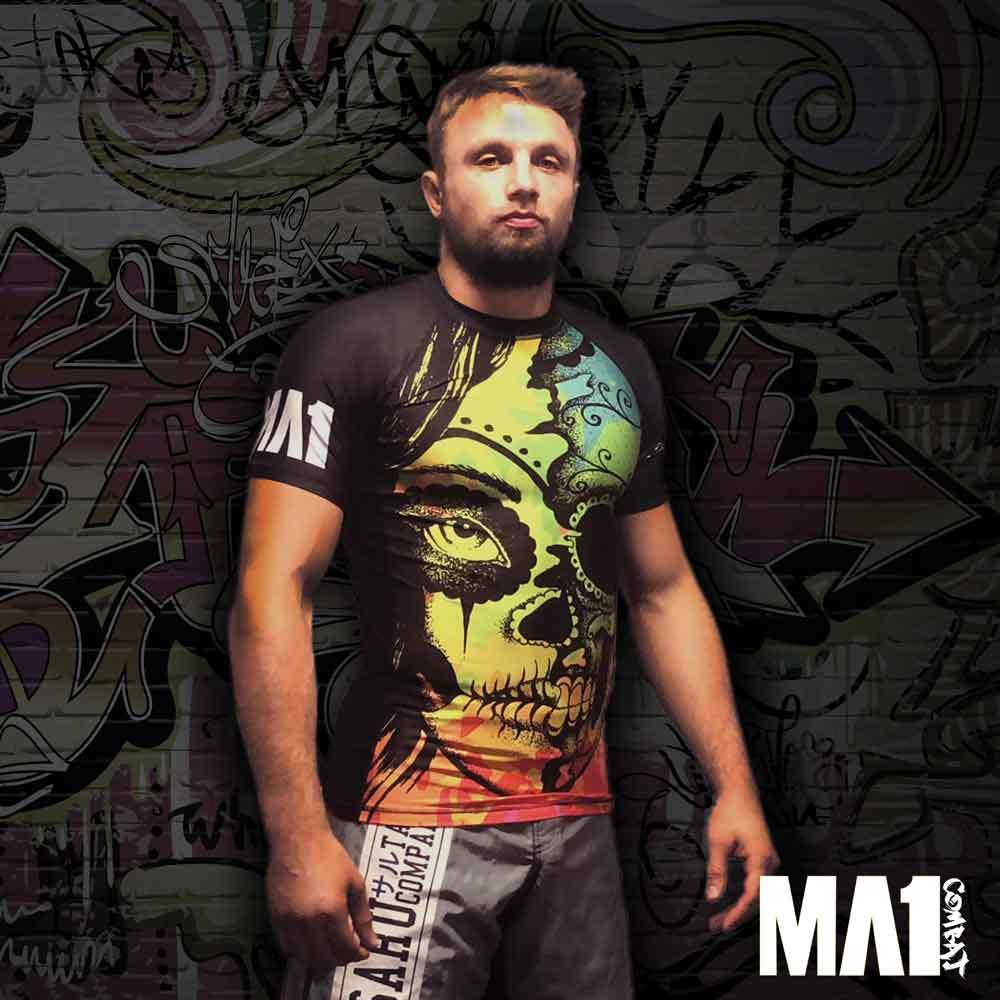 MA1 Barefoot Yogi Short Sleeve Rash Guard