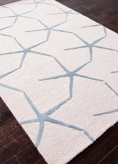 Coastal Resort Starfishing White Ivory/Milky Blue Area Rug