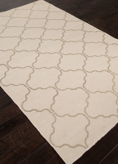 Maroc Delphine Antique White/Silver Gray Area Rug