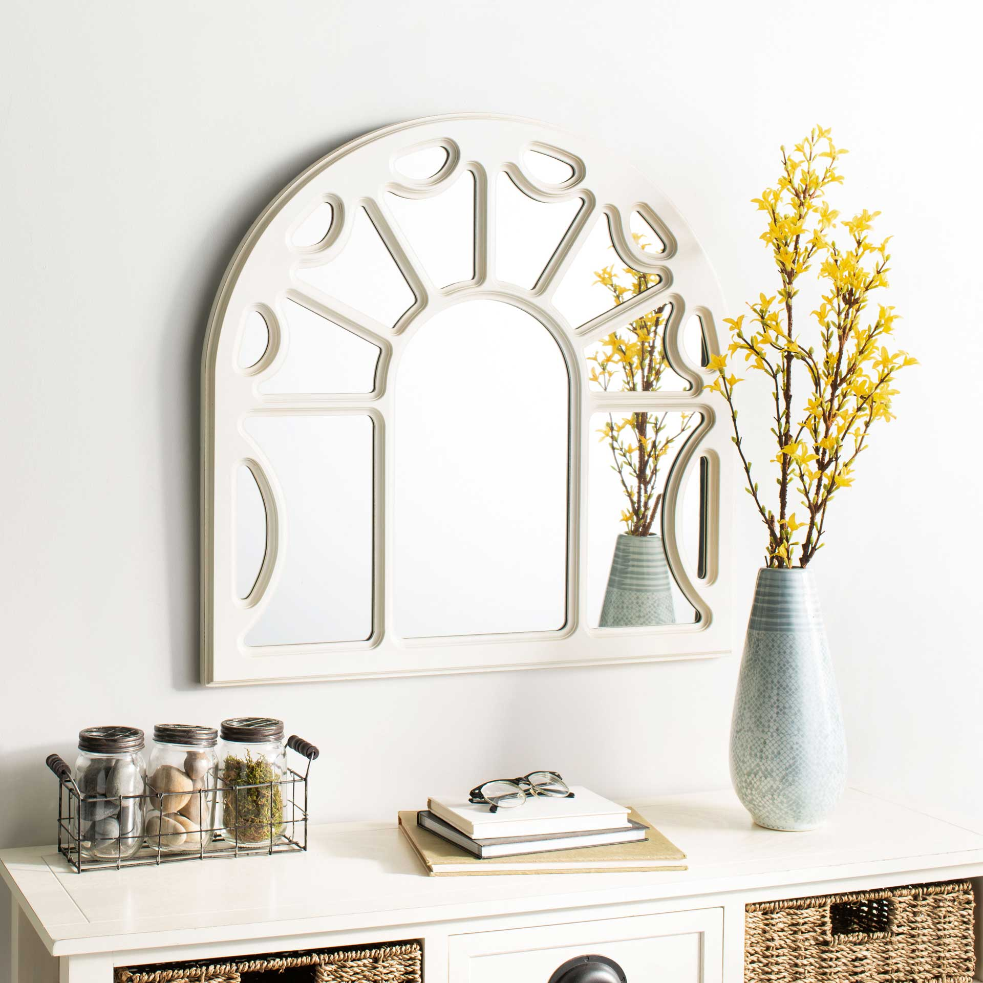 Joanna Mirror White