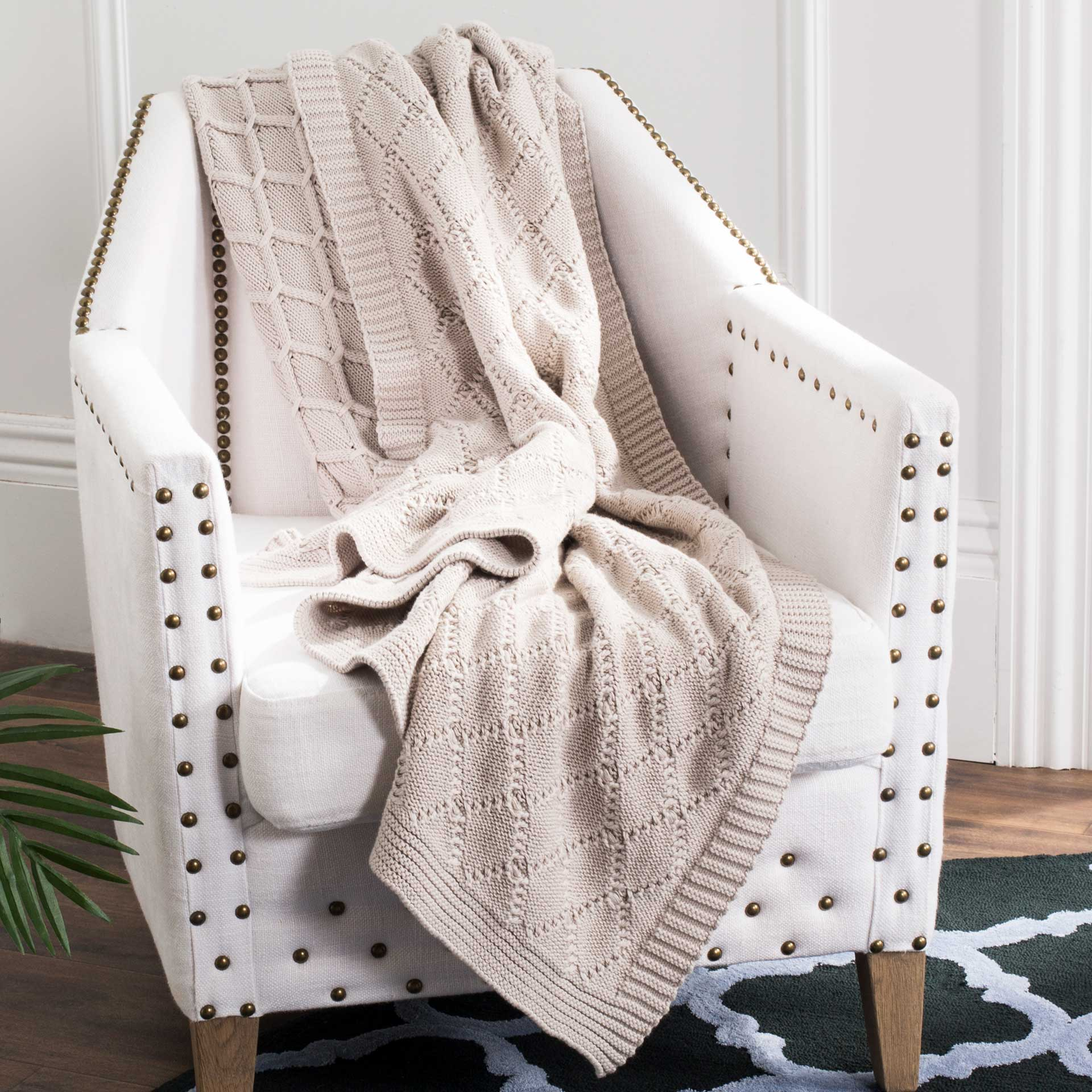 Peabody Knit Throw Palewisper