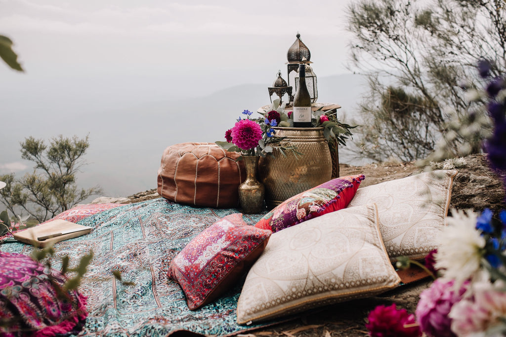 Cute Picnic Lesbian Date Night and Gift Ideas for Your Girlfriend