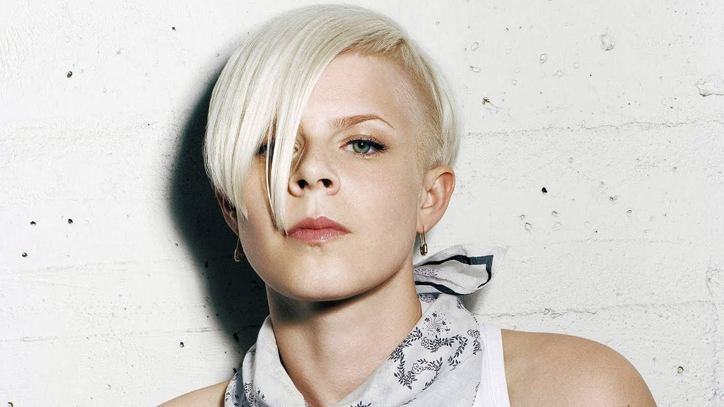 Robyn Best Lesbian Songs and Singers
