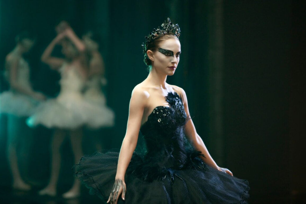 Best Lesbian Scary Movies and Thrillers to Watch Black Swan